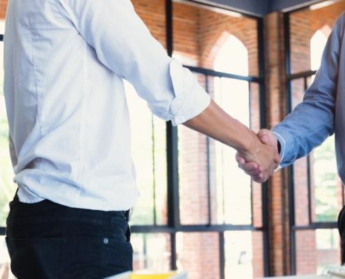 Handschlag als Lösung für Baustreitigkeiten